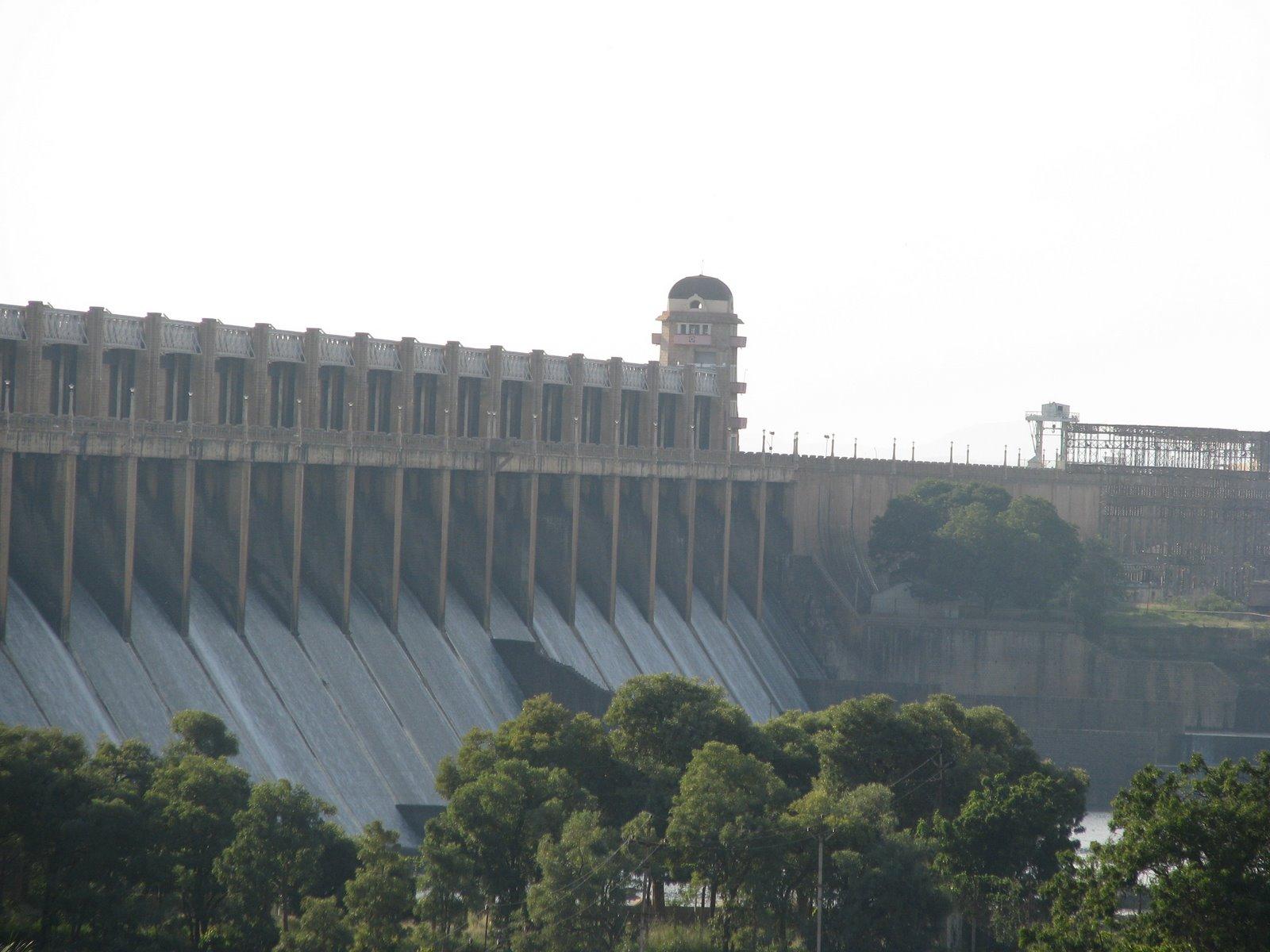 File:TungaBhadra Dam.jpg.