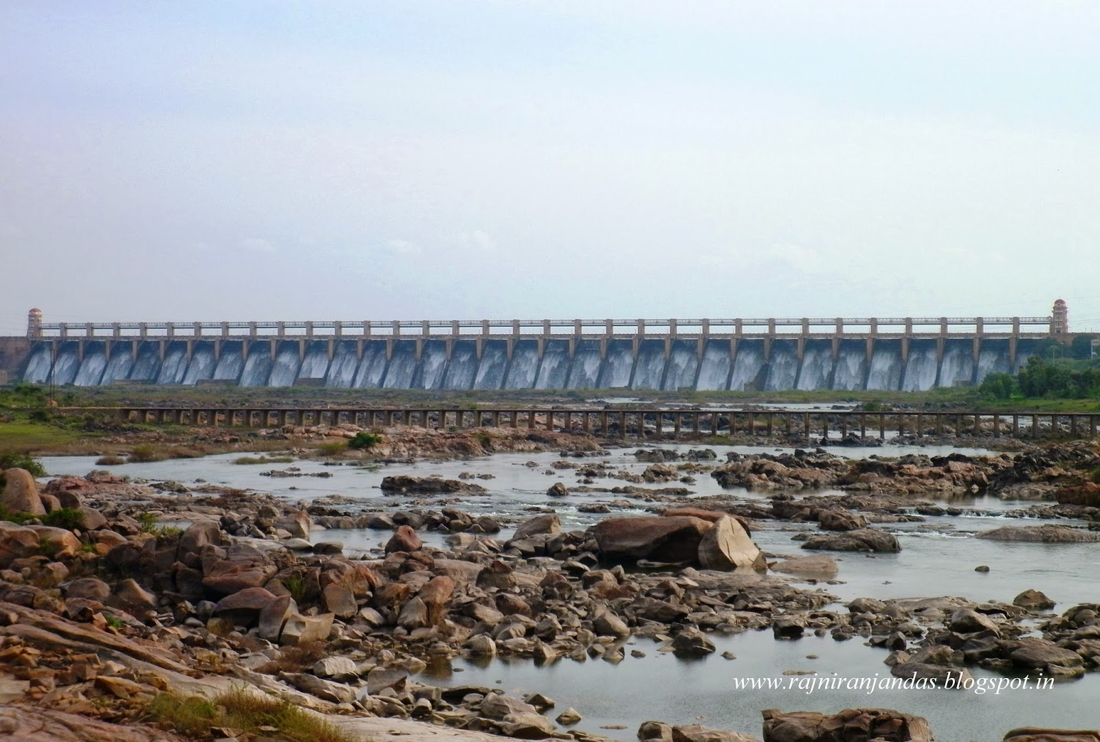 Tales Of A Nomad: Tungabhadra Dam!!.