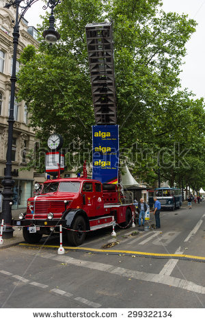 Turntable Ladder Stock Photos, Royalty.