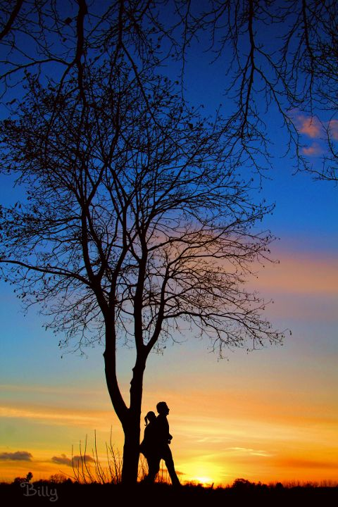 Good evening my dear friends♡ Two people in love, alone, isolated.