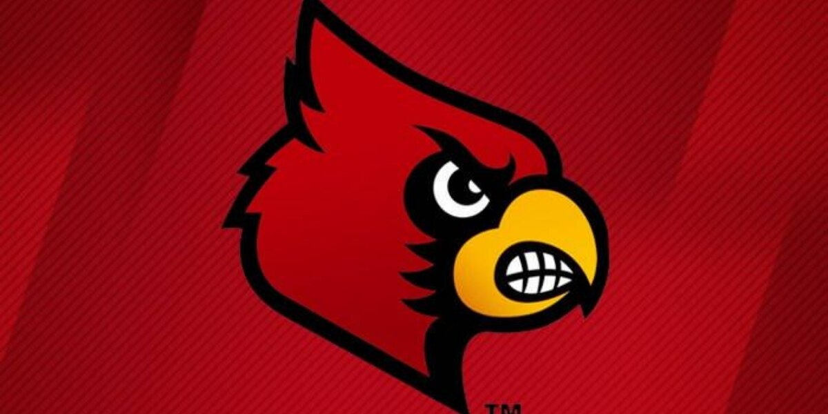 17 Cards beat #2 Georgetown 1.