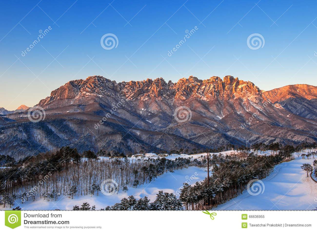 Ulsan Bawi Rock In Seoraksan Mountains In Winter,Korea. Stock.