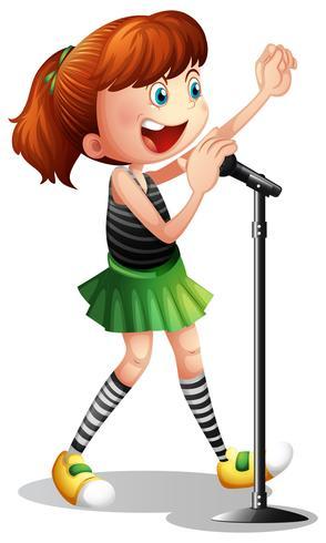 Fille qui chante au micro.