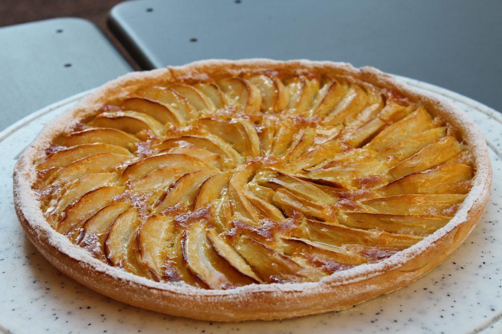 Réussir votre tarte aux pommes comme un chef pâtissier.