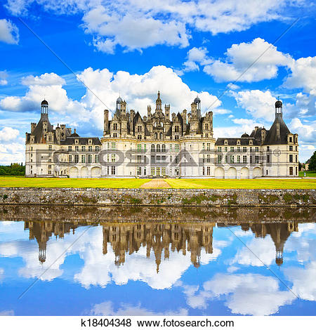 Pictures of Chateau de Chambord, royal medieval french castle and.