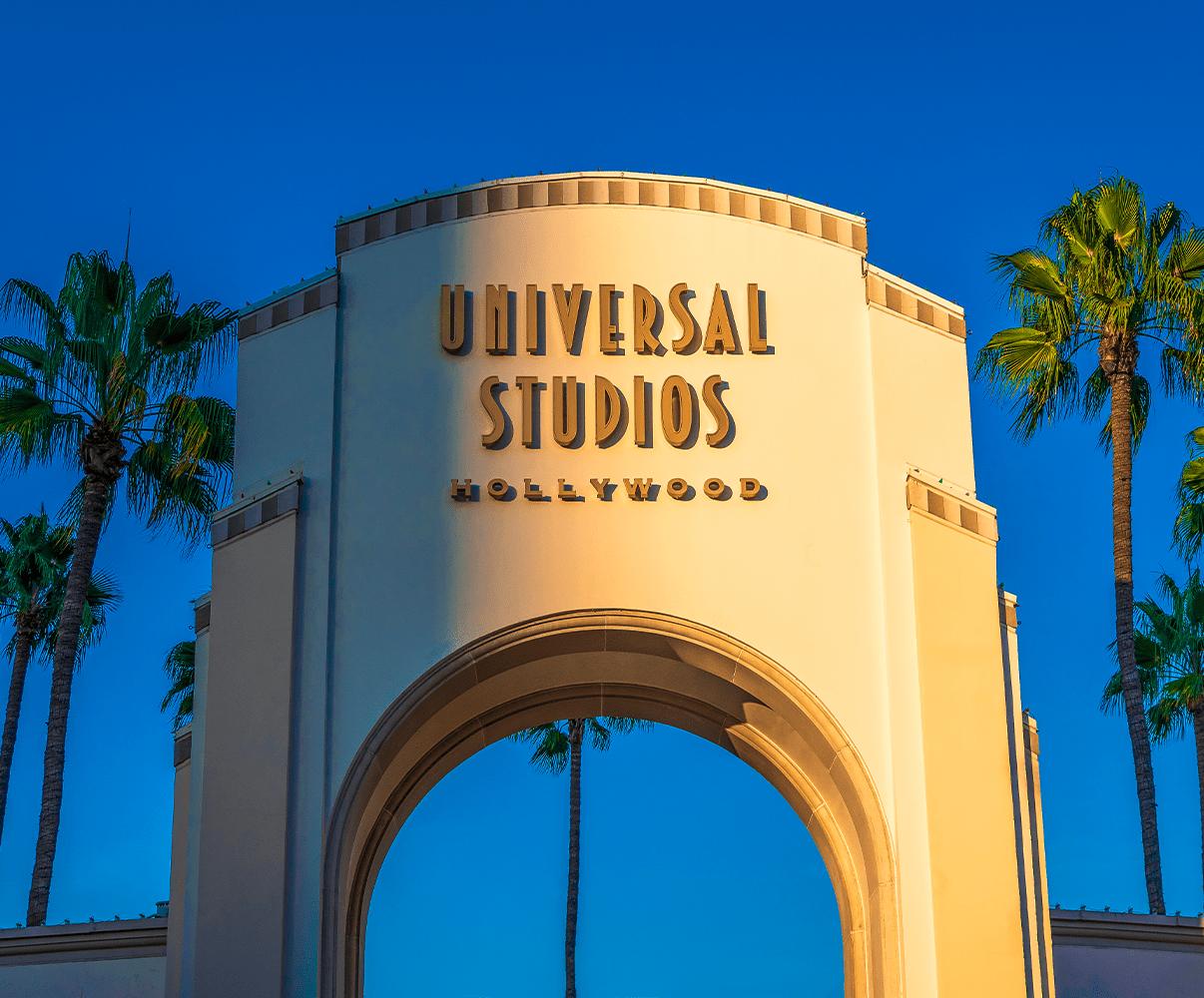 FREE Universal Studios Hollywood Crowd Calendar.