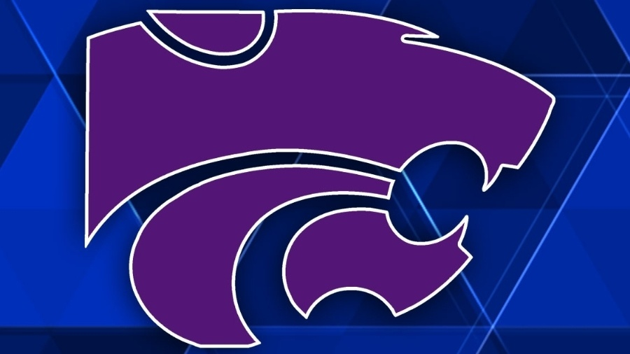 Kansas State uses hot first half to upend Oklahoma 75.