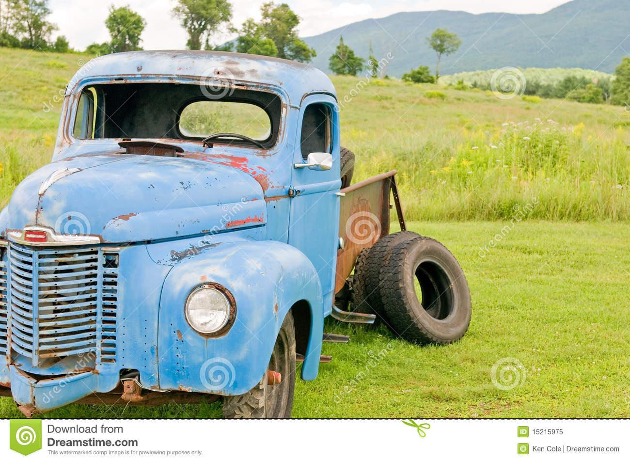 Used Junk Trucks Clipart.
