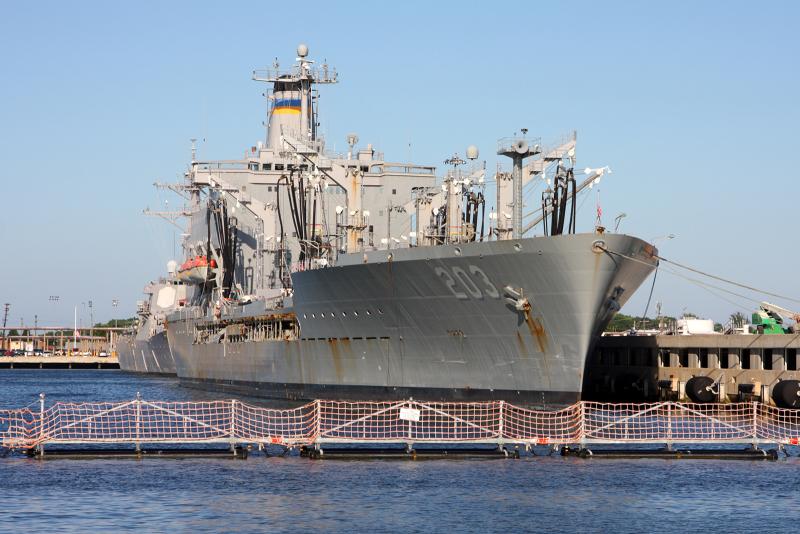 USNS Laramie TAO203.