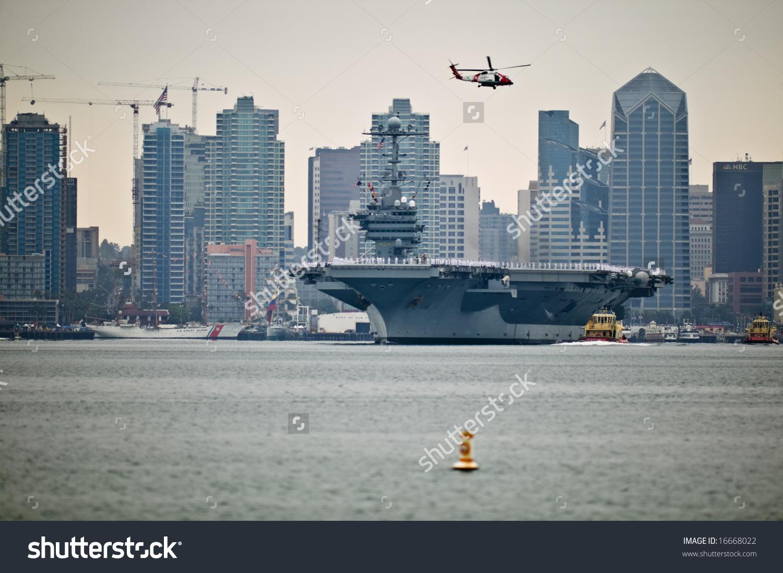 Uss George Washington Nuclear Aircraft Carrier Leaving San Diego.