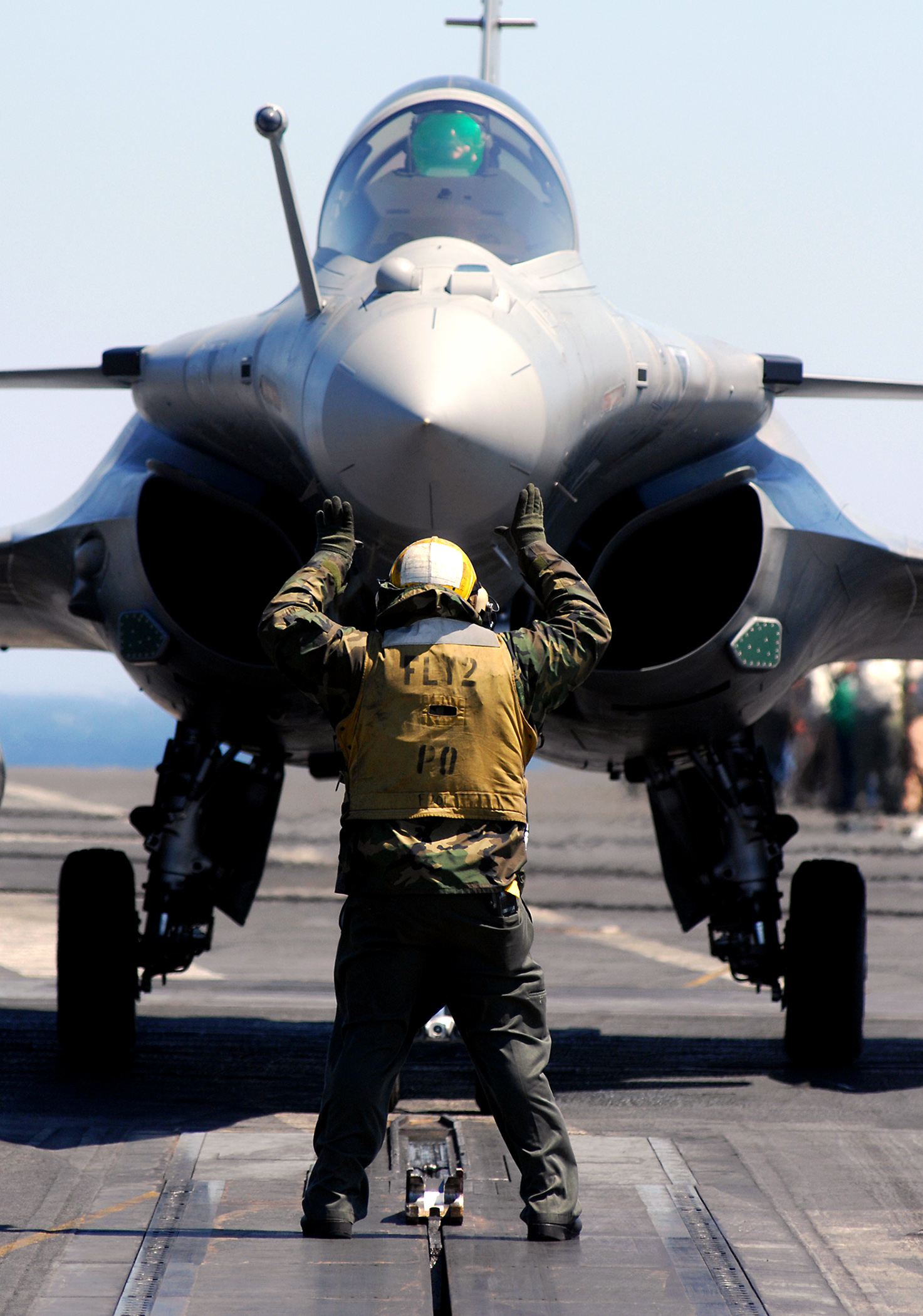 Rafale getting ready to launch on the USS Harry S. Truman.