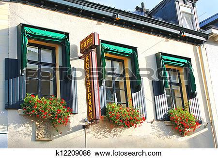 Stock Images of Flowers in the windows restaurant in Valkenburg.