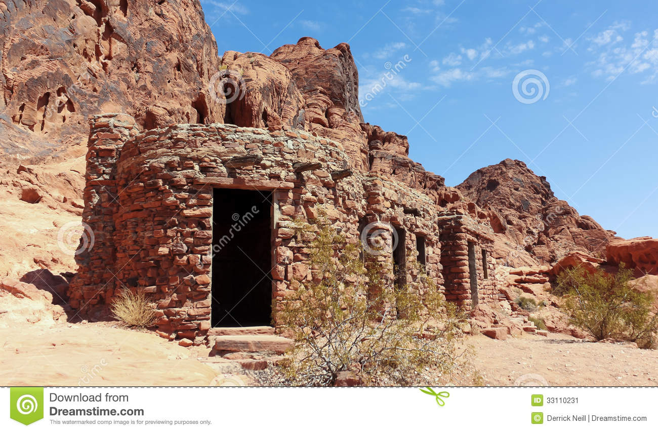 A Cabin At The Valley Of Fire State Park Stock Image.