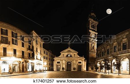 Picture of Varese, piazza San Vittore.