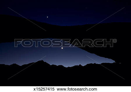 Stock Image of Venus and Crescent Moon Over Mount Whitney.