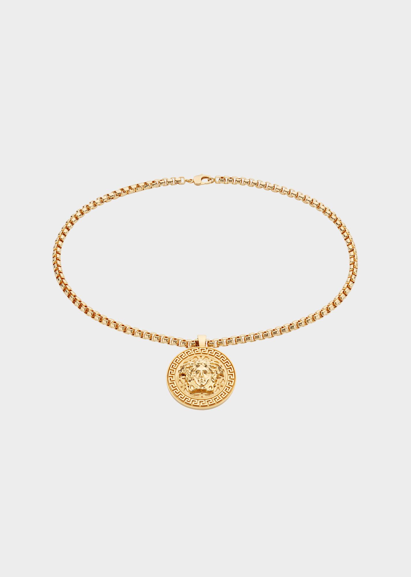 Medusa Necklace.