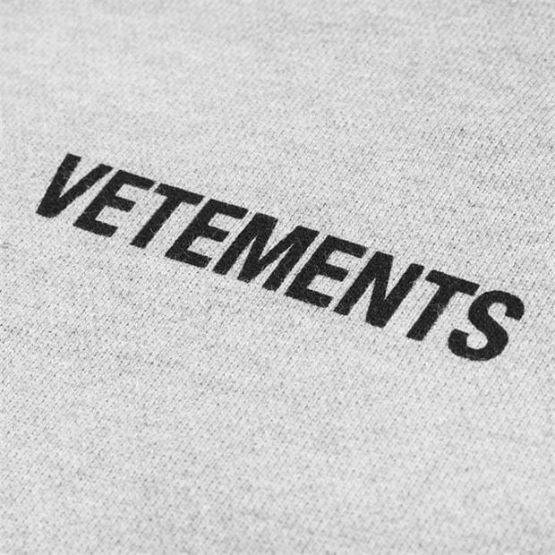 Vetements.