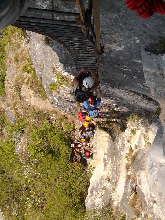 Free photo Climber Via Dell'amicizia Head Full Climbing Jam.