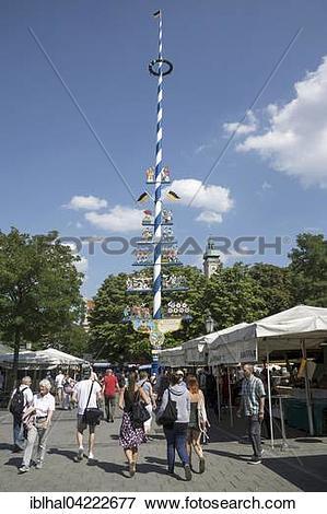 Picture of May pole, Viktualienmarkt, Munich, Bavaria, Germany.