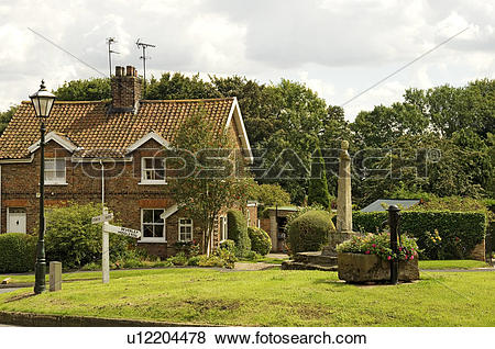 Pictures of England, East Yorkshire, Lund, A cottage next to the.