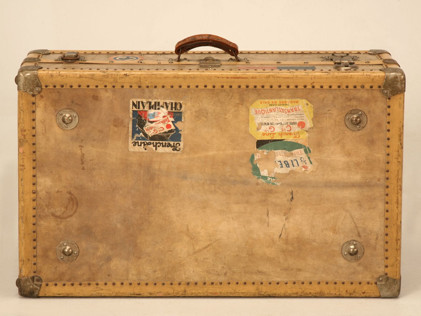 Images For > Old Suitcase Clipart.