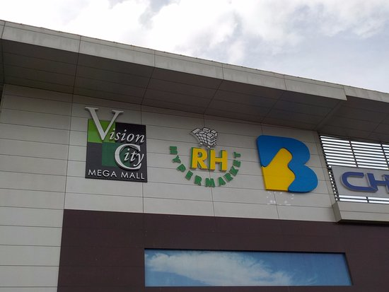 Vision City Mega Mall (Port Moresby).