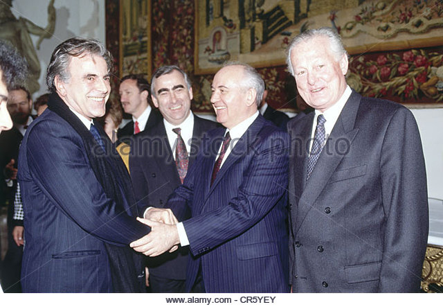 Politicians Shaking Hands Stock Photos & Politicians Shaking Hands.