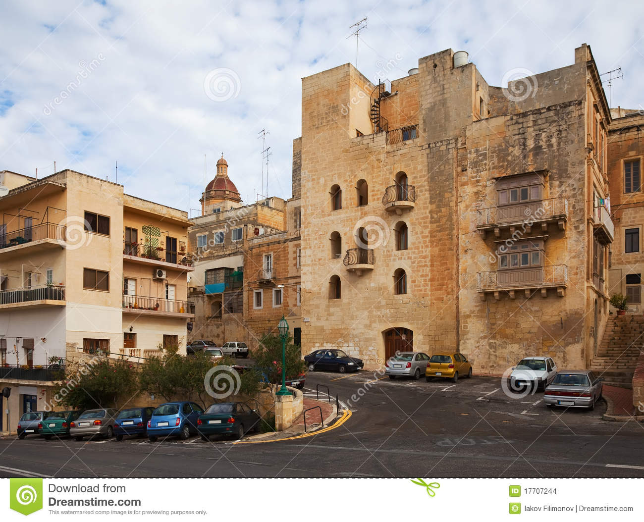 Streets And Houses Of Vittoriosa. Malta Stock Images.