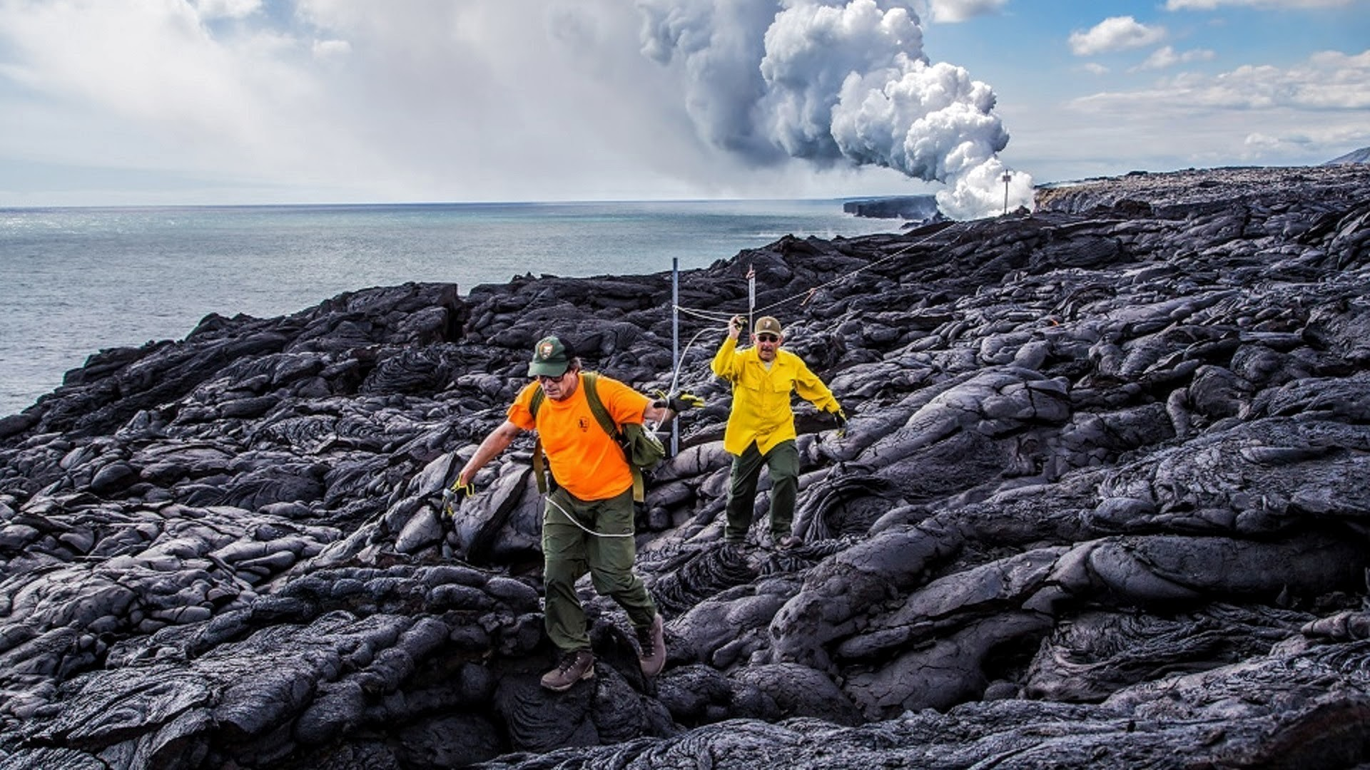 There's a new route to see spewing lava in Hawaii. But it's long.