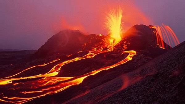 to Hawaii Volcanoes National Park.
