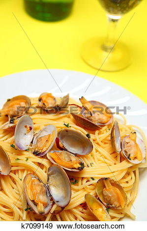 Stock Photograph of Spaghetti alle Vongole k7099149.