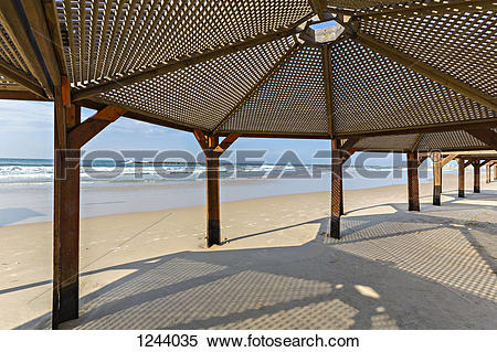 Stock Image of View of sea from under beach shelter in Voronezh.