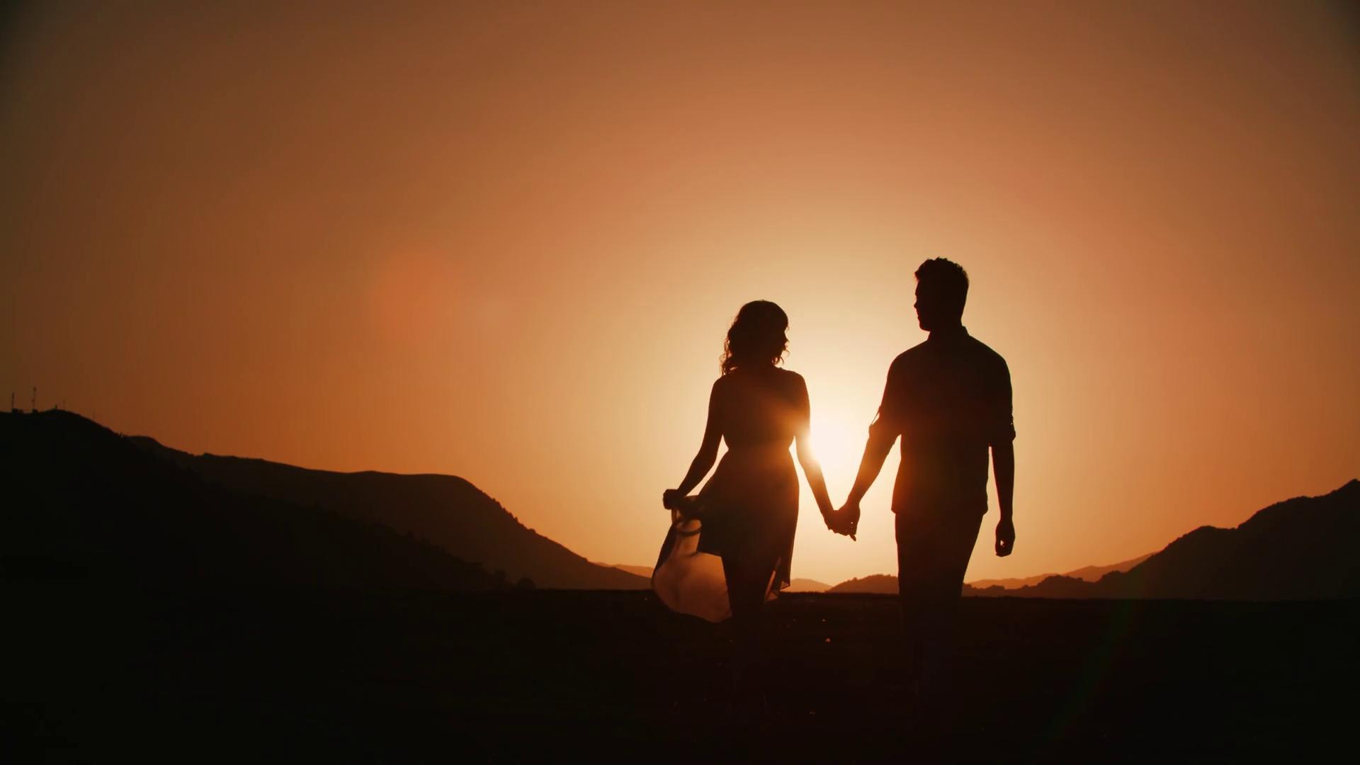 Silhouette Sunset Couple.