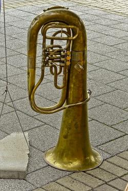 Free pictures MUSICAL INSTRUMENT.