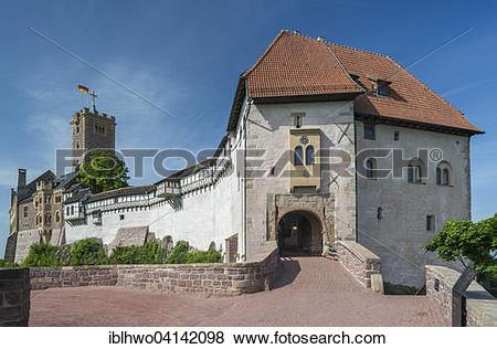 Pictures of Wartburg castle, front gatehouse with drawbridge.