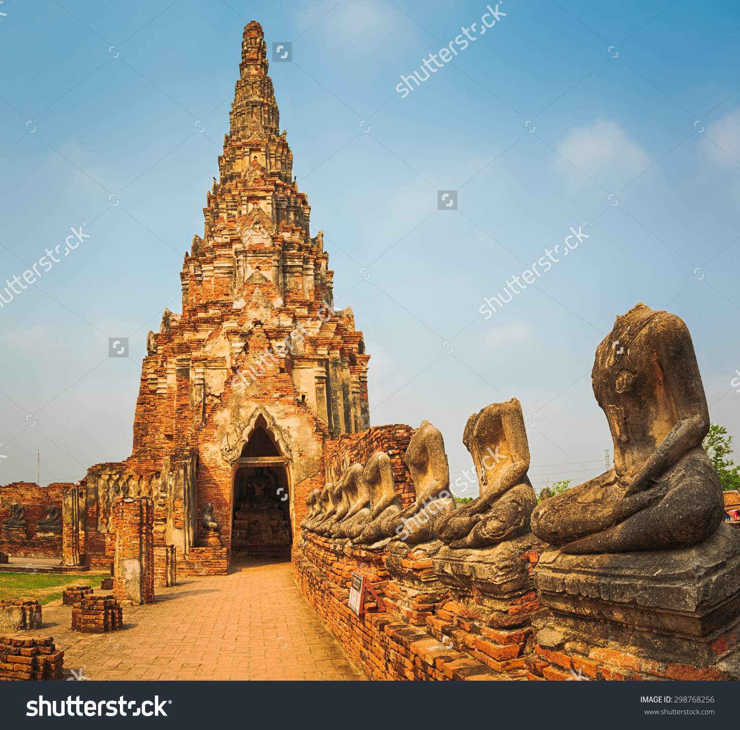 Headless Buddhas Statues Wat Chaiwatthanaram Ayutthaya Stock Photo.