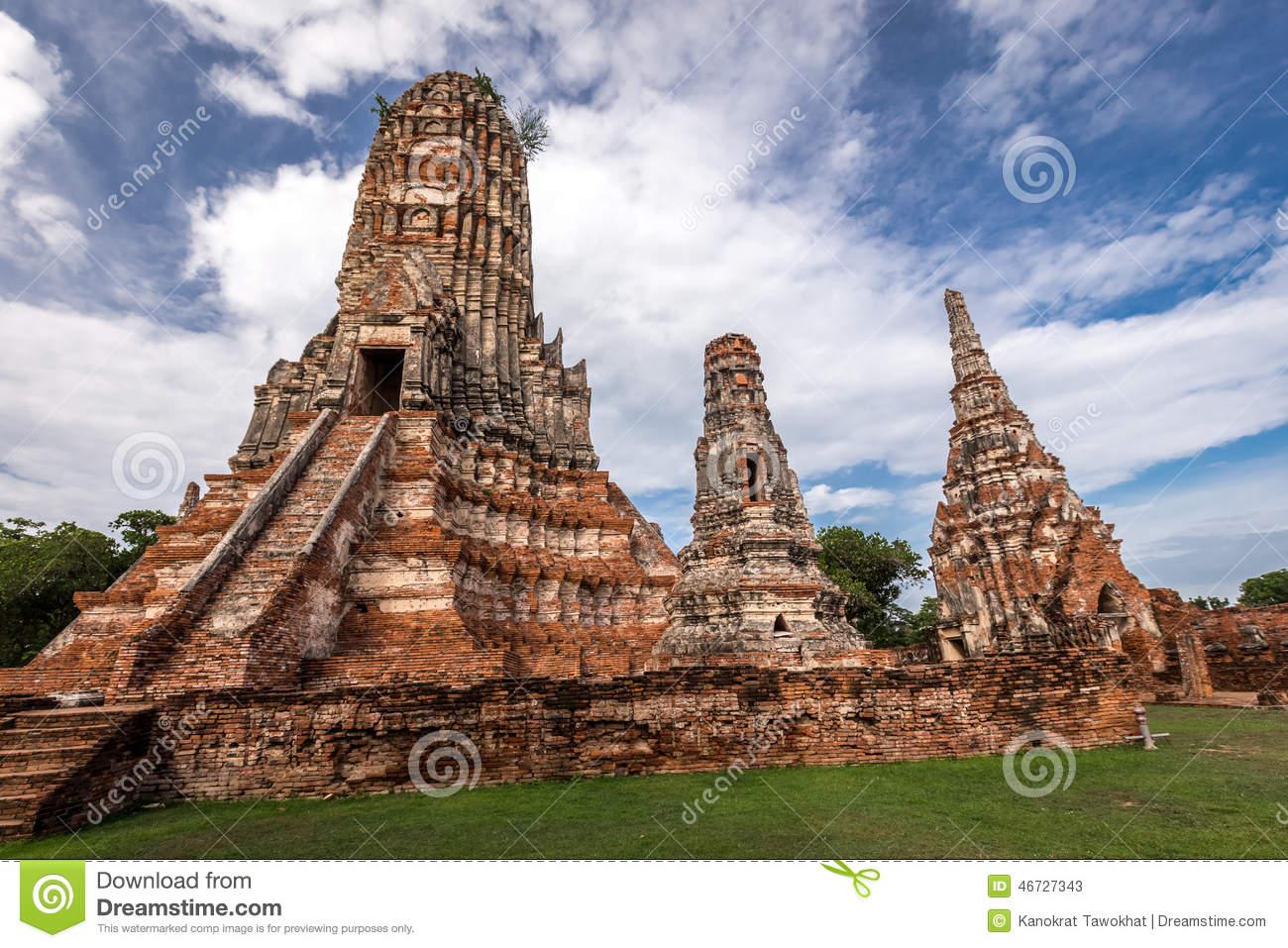 Old Temple Wat Chaiwatthanaram Of Ayuthaya Province( Ayutthaya.