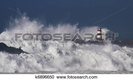Stock Photography of Stormy waves k6896650.