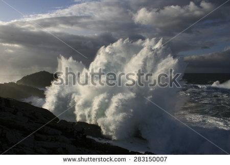 Crashing Waves Stock Photos, Royalty.