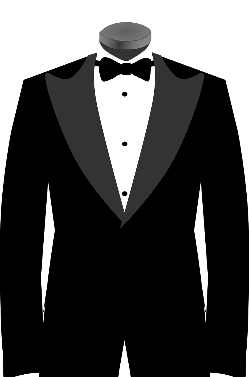 A Guide to Tuxedo Shirts And Styles.