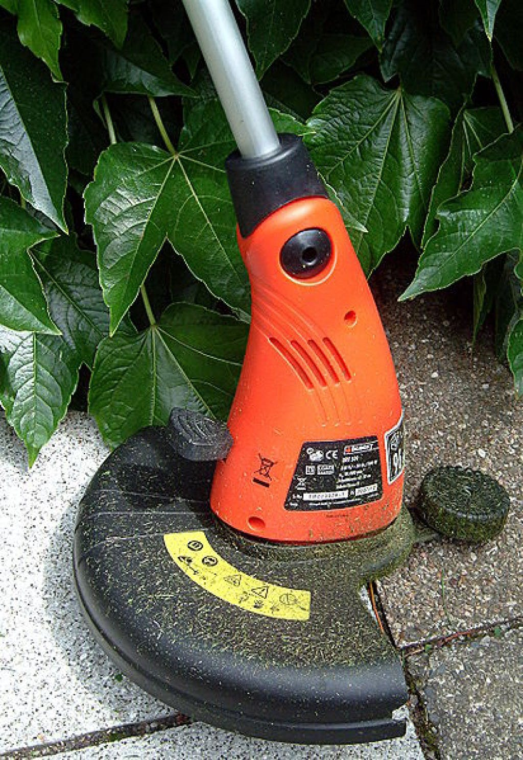 How to Use a String Trimmer Properly, Without Breaking the.