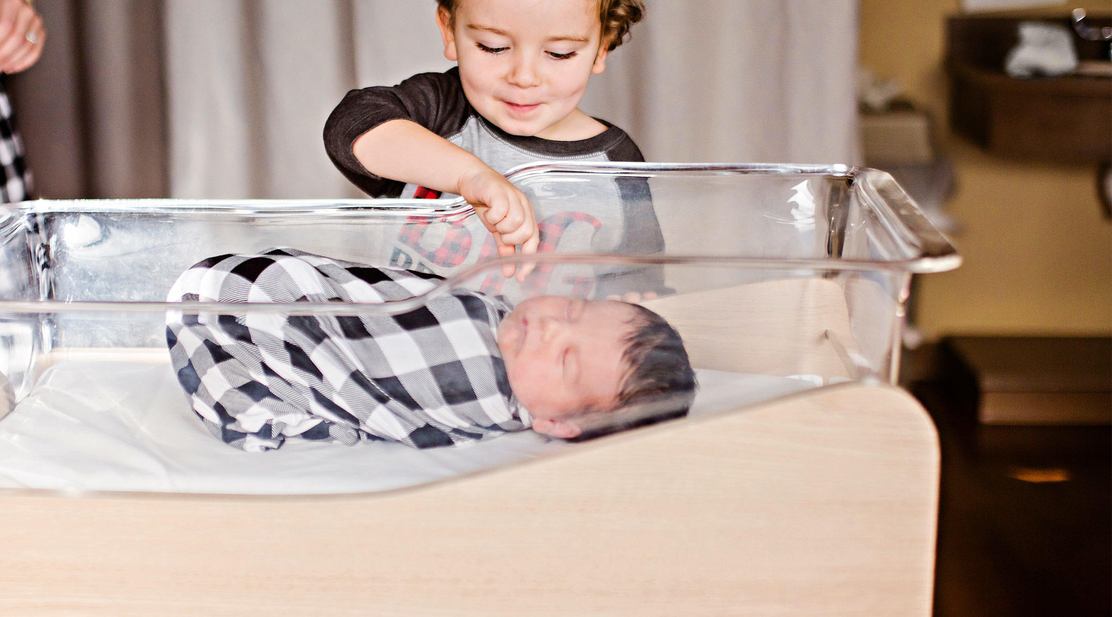 10 Sweet New Sibling Gifts from Baby.