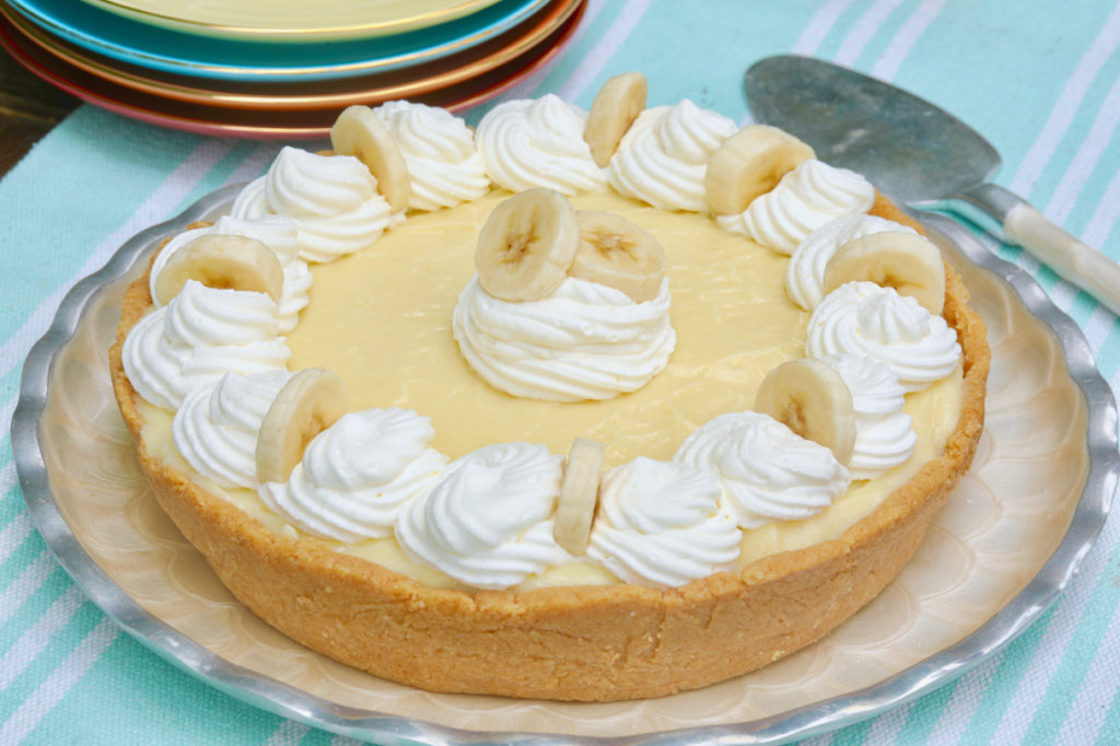 15 Minute Banana Cream Pie (No Bake) Recipe.