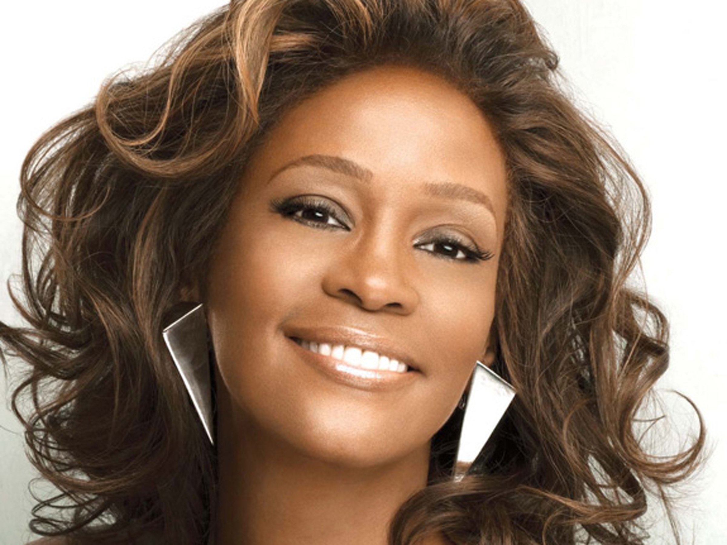50 Interesting Facts About Whitney Houston : People : BOOMSbeat.
