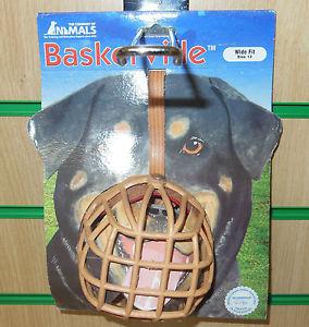 NEW WIDE FIT DELUXE BASKERVILLE PLASTIC DOG MUZZLE~ SIZE 12, BOXER.