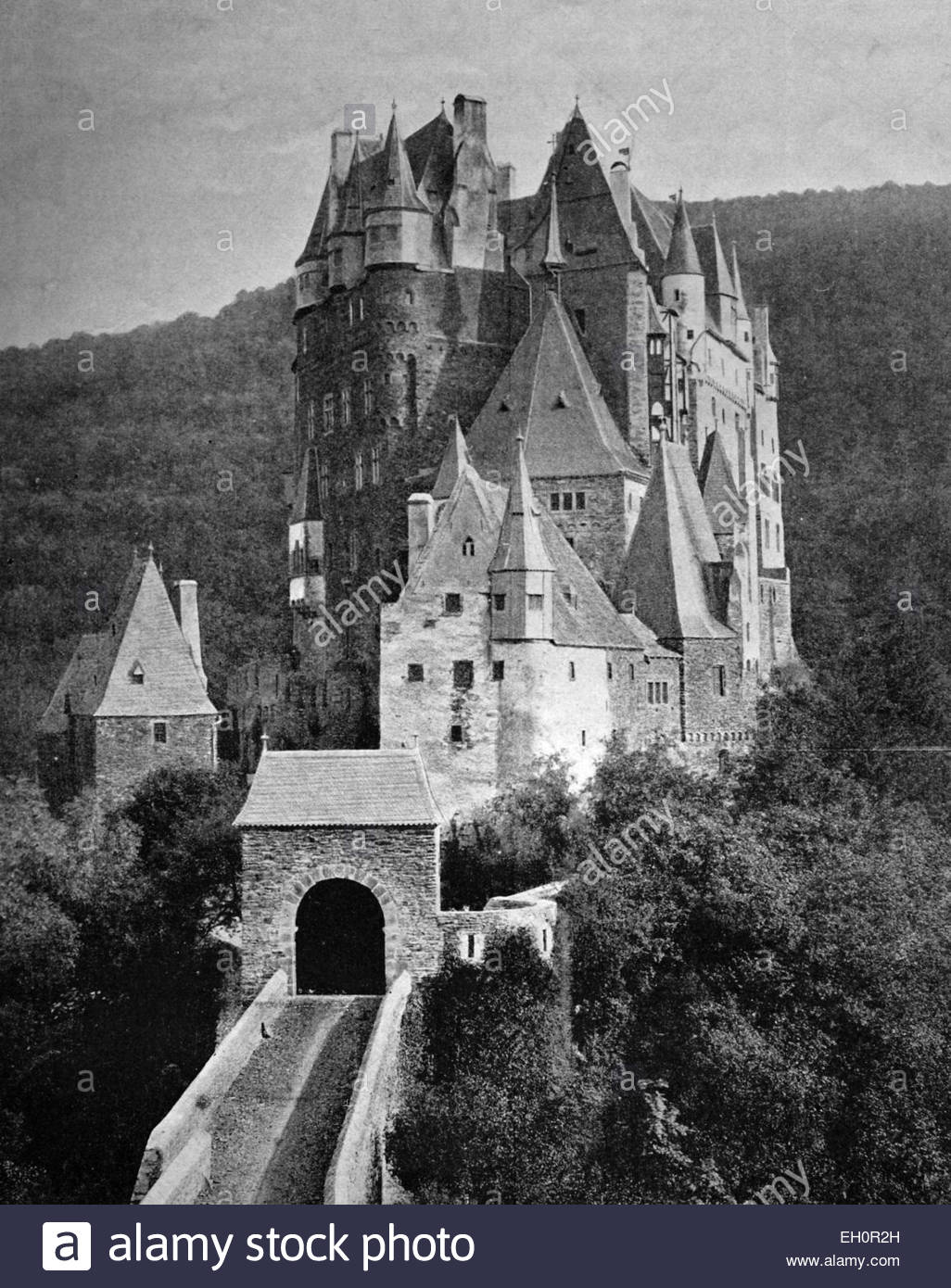 Burg Black and White Stock Photos & Images.