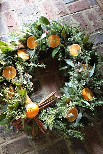 wreaths, wreaths, wreaths!.