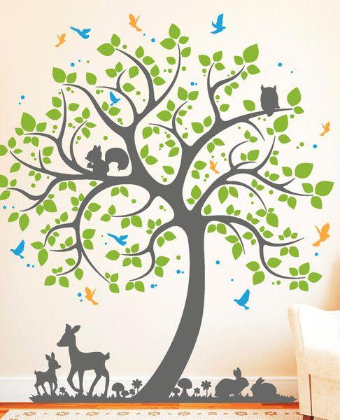 Wandtattoo Baum mit Hasen Rehkitz Vogel (4farbig).