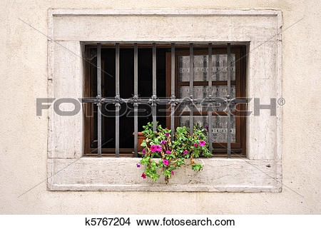 Drawings of window with iron bars k5767204.