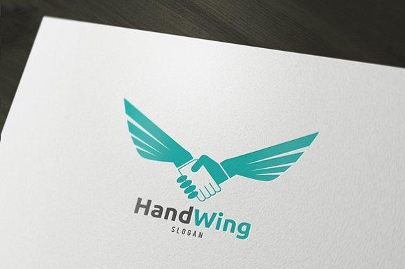 Hand Wink Logo.